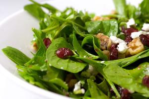spinach-arugula-cranberry-walnut-salad